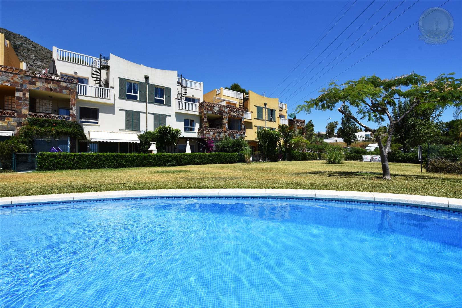 Apartment for Sale in Higueron community pool