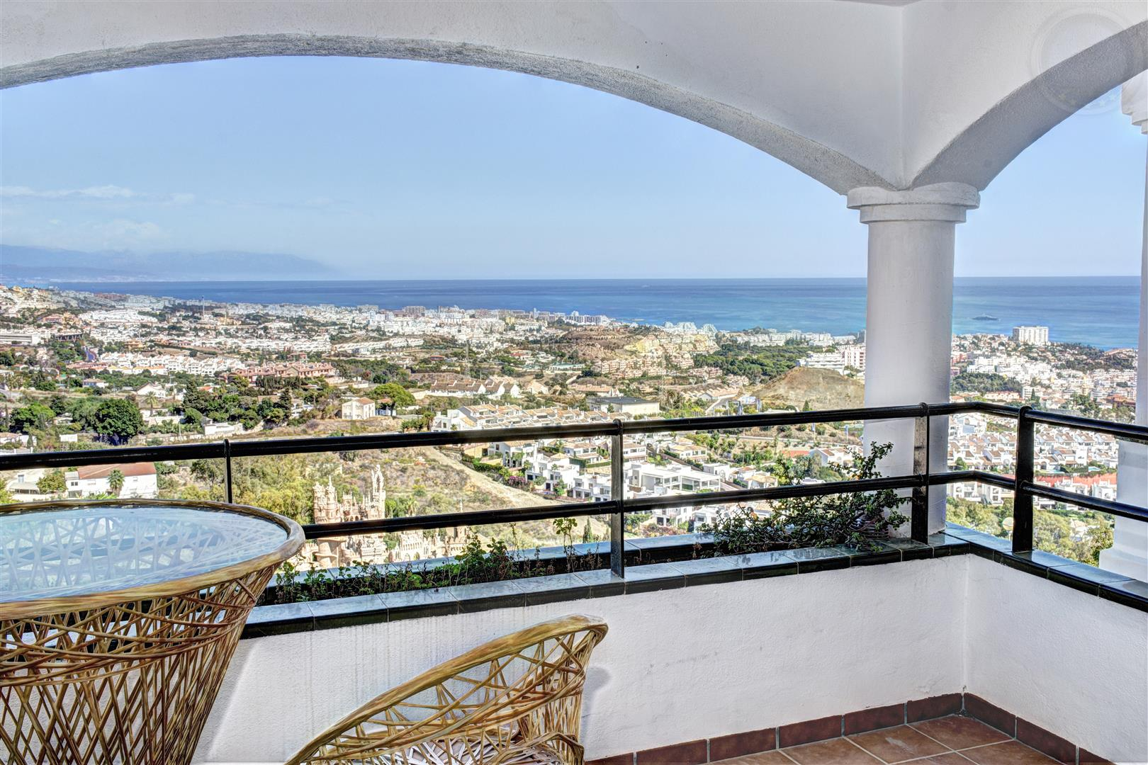 Large 2 bed Apartment opposite Tio Charles Benalmadena Pueblo 1