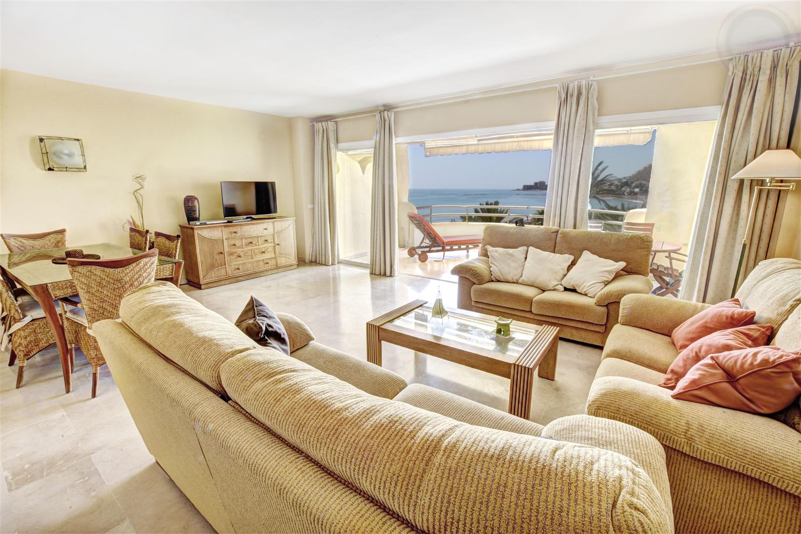 Penthouse apartment for Sale  in Benalmadena Costa Puertomarina 1
